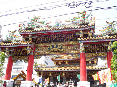 20090902ct_temple.jpg